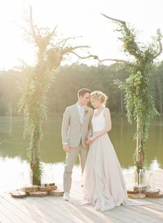 Carol Hannah Kensington gown real wedding inspiration with Buffy Dekmar Photography