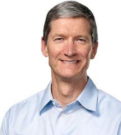 """Em uma entrevista para o site Businessweek, o CEO daApple, Tim Cook, comentou diversos assuntos, incluindo avenda da divisão de celulares da Nokiapara aMicrosofte em que isso afeta a própria companhia.""""Todo mundo tenta adotar as estratégias da Apple. Nós não procuramos validações externas das n"""
