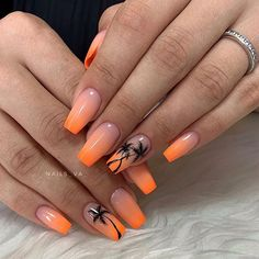 The most popular nail design in hot summer is palm tree nail art design. We just need to know that it's never wrong to use Palm Tree nail art designs in summer. Cute Nails, Pretty Nails, My Nails, Palm Tree Nail Art, Nails With Palm Trees, Summer Gel Nails, Vacation Nails, Best Acrylic Nails, Acrylic Nail Designs For Summer