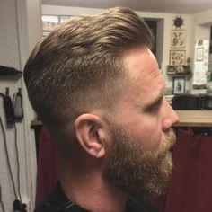 Vi har några tider kvar imån och på fredag!  #gentlemen #barber #barbershop #barbershopgbg #herrfrisör #herrfrisörgbg #skinfade #sidecut  #excellentedges #andisclippers #osterclippers