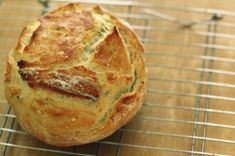 no knead dutch oven bread Pizza Pastry, Pizza Dough, Dutch Oven Bread, Greek Cooking, No Knead Bread, Our Daily Bread, Food Decoration, Dessert Drinks, Artisan Bread