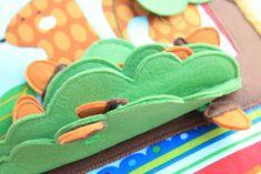 Handmade by mom: Очередная готовая развивающая книжечка, на это раз для девочки Катюши!!! Dolls House Figures, Coin Purse, Felt, Blog, Projects, Pattern, Crafts, Handmade, Quiet Books