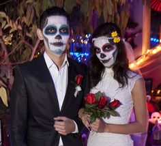 dia de los muertos bride and groom