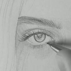 ✔ Anime Sketch Videos Sketsa Source by Celine_thatsme Art Pencil Set, Pencil Art Drawings, Art Drawings Sketches, Easy Drawings, Pencil Drawings For Beginners, Funny Drawings, Art Du Croquis, Create Drawing, Drawing Eyes