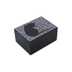 NOVICA Wood Decorative Box from Brazil Hand Painted with Cat Motif (€30) ❤ liked on Polyvore featuring home, home decor, small item storage, decor accessories, decorative boxes, white, white box, kitty box, cat box and novica