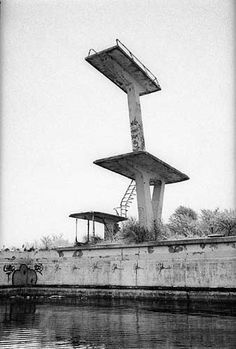 A Deep End Diving Board: The Perfect Pool Accessory Old Buildings, Abandoned Buildings, Abandoned Places, Abandoned Property, Abandoned Mansions, Places Around The World, Around The Worlds, Empty Pool, Magic Places