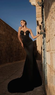LOOKandLOVEwithLOLO: MoonStruck.....A Stunning Collection by Galia Lahav Haute Couture #chocolatebrown