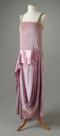 Dress by Callot Soeurs, 1921~Image © The Meadow Brook Hall Historic Costume Collection.