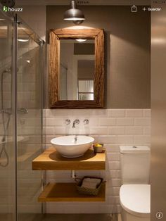 Gut Half White Tiles With Contrast Brown Wall And White And Brown Bathroom  Fixtures And Accents