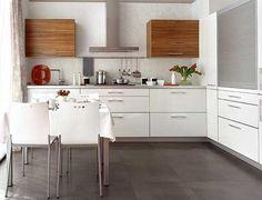 Suelo carrelage azulejos Gris cocina blanca madera Con mobiliario en blanco