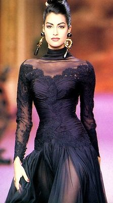 Yasmeen Ghauri in Christian Lacroix, I love this dress so much!