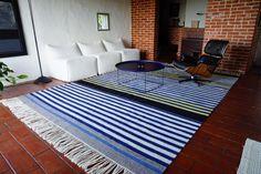 Striped pattern carpet -  Lucia Piredda e Alberta Pinna: weaving Pit Kroke: drawing