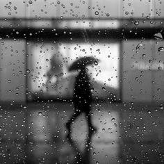 Rainy night by taitknn Rainy Night, Rainy Days, November Rain, Rainy Season, Rain Drops, Umbrellas, White Photography, Things To Come, Windows