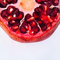 It's a pomegranate sunrise...http://www.pinterest.com/chakrapedia/c-h-a-k-r-a-s-h-a-k-e-s/