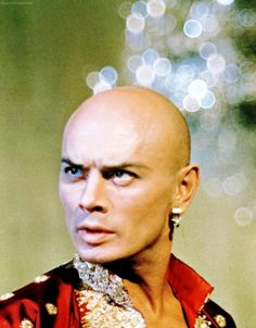 """Yul Brynner (1920-1985)  Saw him live in """"The King and I"""" just months before his death. Brilliant !!"""