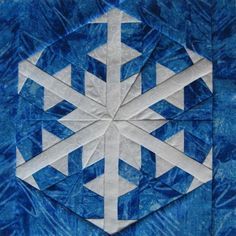 Snowflake Paper pieced block pattern available at… Paper Piecing Patterns, Modern Quilt Patterns, Quilt Block Patterns, Pattern Blocks, Quilt Blocks, Crochet Patterns, Snowflake Quilt, Paper Snowflakes, Winter Quilts