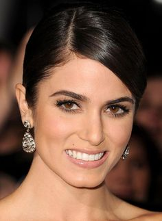 How To Get Nikki Reed's Makeup and Hair at Twilight Saga: Breaking Dawn – Part 2 Premiere