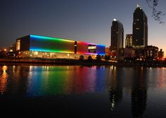 The view at night of The Tampa Museum of Art in downtown Tampa.
