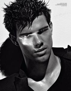 Taylor Lautner  frances-aleman-neerlandes y nativo americano