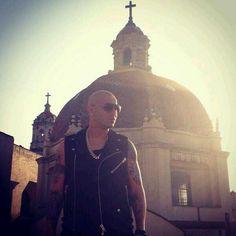 Juan Morera (Wisin) of the reggaeton duo Wisin y Yandel.He is one sexy man♥♥♥♥