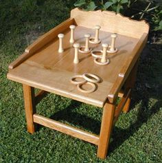 Jeu des anneaux Diy Carnival, Carnival Games, Diy Wood Projects, Wood Crafts, Woodworking Projects, Board Games For Two, Games For Kids, Wood Games, Bar Games