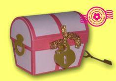 Valentine Treasure Chest Tutorial. Free download: http://thepapercraftpost.blogspot.co.uk/2014/01/valentine-treasure-chests.html