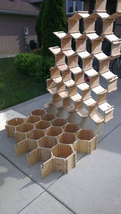 As a wall structure, or hanging element Could this be done with foam board? For yarn storage? Cardboard Furniture, Modular Furniture, Diy Furniture, Furniture Design, Furniture Market, Furniture Assembly, Furniture Storage, Furniture Plans, Into The Woods