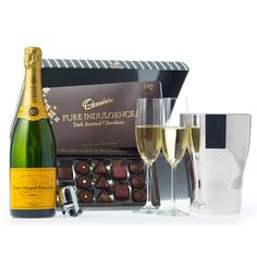 Gift packages and ideas for your sweetheart on Valentine's Day Champagne Gift Baskets, Wine Gift Baskets, Fathers Day Baskets, Chocolate Gifts, Corporate Gifts, Valentine Day Gifts, Baby Gifts, Wedding Gifts, Veuve Clicquot