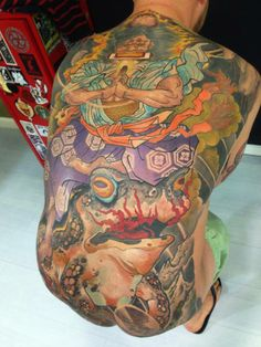 Old school tattoos Oriental Tattoo, Irezumi Tattoos, Cool Tats, Tattoo Images, Tattoo Inspiration, Wearable Art, Tattoo Artists, Old School, Tatting