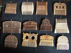 The Moon is a torn fingernail Viking Combs. The Vikings were very particular about their hair. Viking Hair, Viking Life, Medieval Life, Medieval Market, Viking Dress, Viking Woman, Iron Age, Viking Culture, Irish Culture