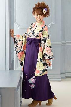 大人可愛い系袴 黒/オレンジ色 LAISSE PASSE(レッセパッセ)大人可愛い系袴 Styleが大人気 卒業式の袴Styleは女の子の特別な1日!友達と差をつける!!