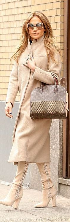 Jennifer Lopez, tan coat
