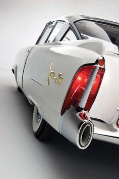 1954 Mercury XM 800 Concept.