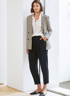 Flowing fabrics are our trick for creating a tailored look with a flattering and comfortable edge. Our lyocell Elena Shirt and fluid crepe Clio Trousers work effortlessly together to nail that corporate/blasé look. Modern Wardrobe, Crepe Fabric, Tailored Trousers, Look Chic, Off Duty, Office Wear, Dress Codes, Shapewear, Spring Outfits