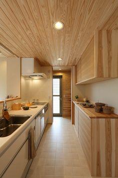 写真11|H様邸/プレジール/トラッド(H26.9.5更新) Life Kitchen, Kitchen Shoes, Japanese Kitchen, Japanese House, Muji Home, Japan Interior, Sweet Home Design, Best Tiny House, Home Theater Design