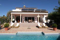 Elegant Villa in Felisa de Cortes - this is one you should visit!!