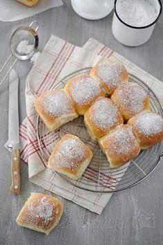 Aujourd'hui, mercredi, c'est une recette idéale pour le goûter des petits comme des grands. La brioche Butchy, a eu son heure de gloire sur les blogs il y a quelque temps, la recette a pas mal tourné. Je l'ai réalisé plus d'une fois mais jamais mise en...