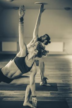 Bikram Yoga  #bikram #yoga #sport #fitness #wellness #workout #training #woman #man #girl #matte #übung