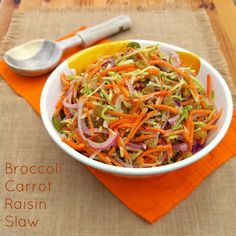 Broccoli Carrot Raisin Slaw | Teaspoonofspice.com - A super, quick and tasty vegan side for barbecues or any outdoor eating!