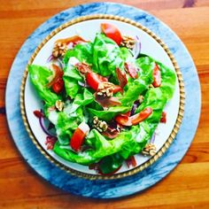 King-sized Bibb Lettuce Salad   Tomatoes red onion walnuts crispy prosciutto & Dump Ranch   @right_n_tight @bigbiz100 @esthermino2020 #whole30 #whole6months #Whole30isEPIC #whole30recipes #paleocooking #paleo #paleorecipes #organic #organicrecipes #glutenfree #glutenfreerecipes #januarywhole30 #jerf #bbg #crossfit #fightinglyme #dumpranch by wholeandhappylife
