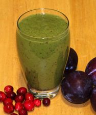 Calories: 380  Fat: 2g  Protein: 10g  Carbohydrates: 92g  Fiber: 26.3g  Calcium: 29% RDA (Recommended Daily Allowance)  Iron: 5.3mg  Vitamin A: 503% RDA  Vitamin C: 98% RDA  This smoothie is also a rich source of folate, vitamins B1 – B6, vitamin K, copper, magnesium, manganese, phosphorus and potassium.