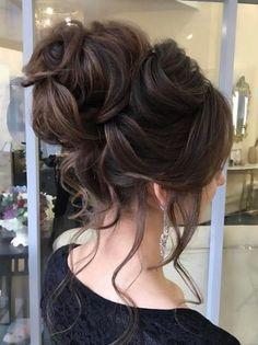 Featured Hairstyle: Elstile LA; www.elstile.com; Wedding hairstyle idea.