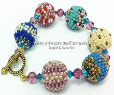 Fancy Peyote Ball Bracelet Tutorial by JoTan88 | JewelryLessons.com