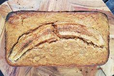 Amber's Gluten-Free Banana Bread - BePure Ben Warren Gluten Free Banana Bread, Gluten Free Oats, Banana Bread Recipes, Almond Recipes, Hot Cross Buns, Baking Tins, Banana Pancakes, Health And Nutrition, Tasty