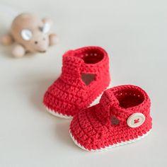 Crochet Sapatinho de Bebé Pattern - Ruby Slippers - Download imediato