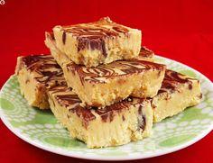 4-Ingredient Peanut Butter Chocolate Fudge