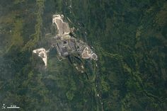 World of Change: Athabasca Oil Sands : Feature Articles