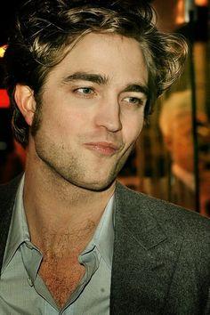 Robert Pattinson ICU chest hair....sexy