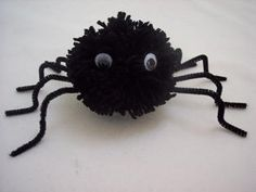 Check out these fun and easy Halloween spider craft ideas for kids. Kindergarteners, preschoolers, and toddlers will love these arts and crafts ideas, and adults can use these ideas to make and sell spider crafts, too. Pom Pom Flowers, Pom Pom Rug, Pom Poms, Halloween Spider, Easy Halloween, Halloween Crafts, Easy Craft Projects, Craft Ideas, Easter Projects