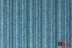 Trochę klasyczne, trochę nowoczesne. Prosty wzór na pięknym kolorze - to przepis na Sevillę :) Więcej kolorów po kliknięciu w zdjęcie #upholstery #fabrics #lechmodernfabrics